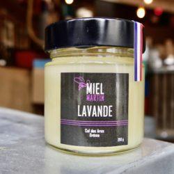 Miel de lavande récolté au col des Aros dans la Drôme au coeur de la baronnie provencale